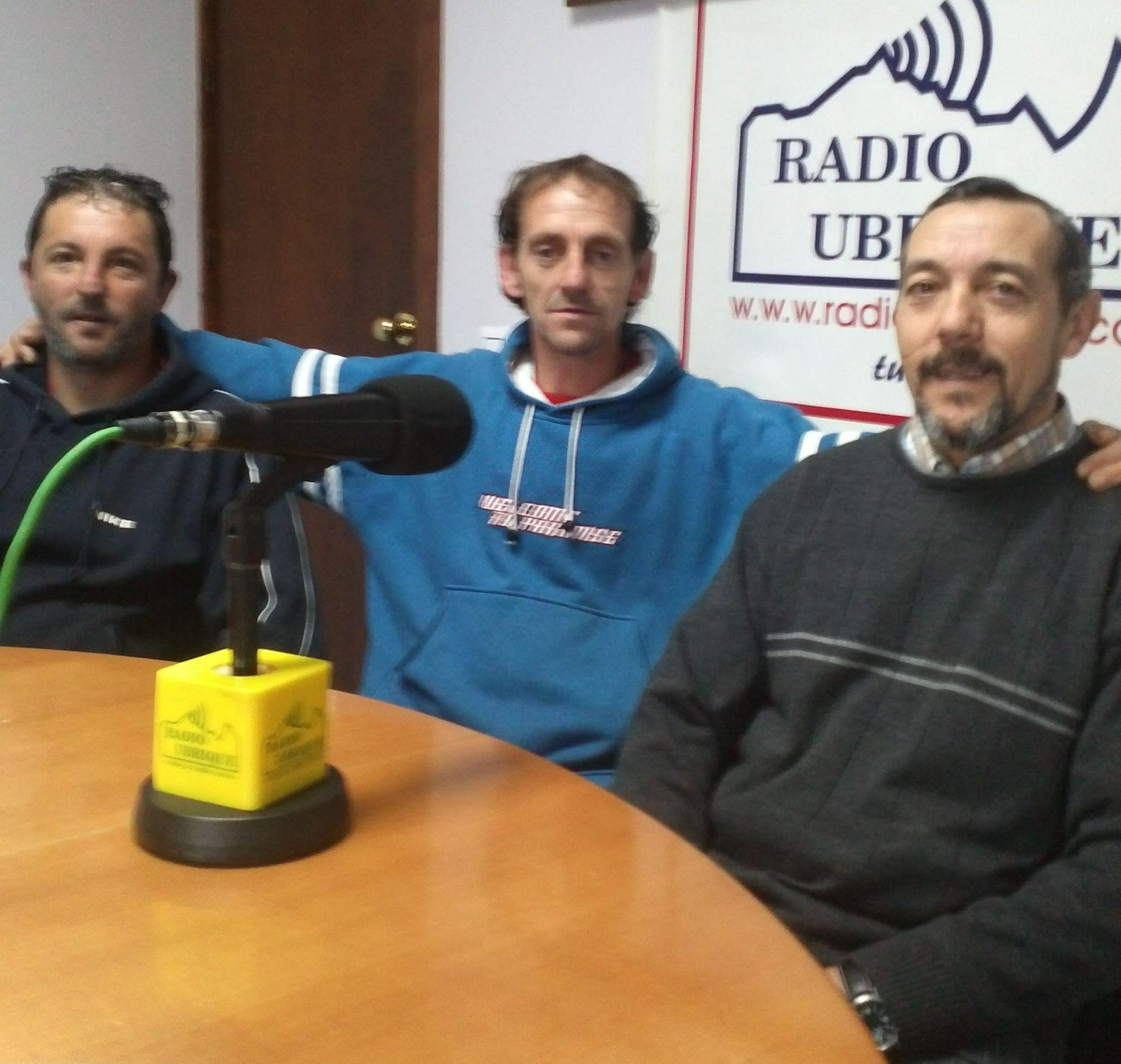 David Benítez, Miguel Ángel Corralero y Antonio Guerra en Radio Ubrique