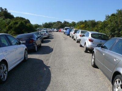 vehículos aparcados Subida