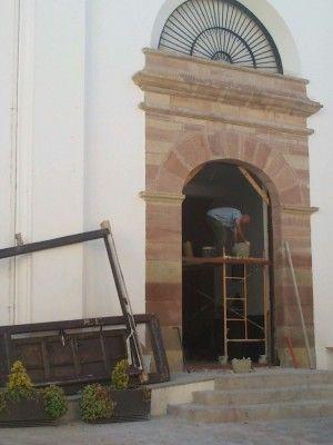 puertas parroquia